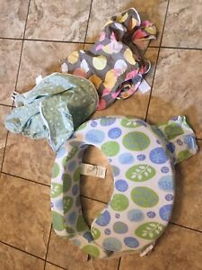 Brest friend nursing pillow and 2 extra covers