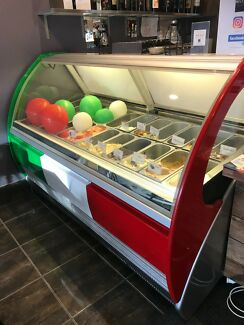 Gelato Display Freezer In great working condition (24 x 5L)