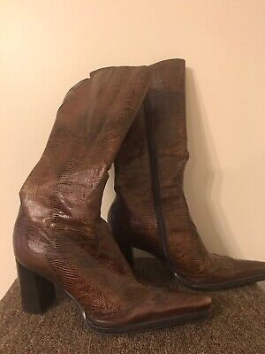 BCBG Girls Sz 8.5 Brown Leather Cowgirl Western Boots Shoes For Women Zip Up