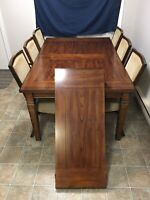 Table Plus Chairs