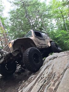 1999 jeep TJ low km, lots of upgrades great shape