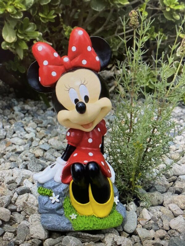 """Disney 10"""" Minnie Mouse Sitting Resin Statue ~ New"""