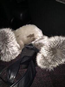 Seal skin mitts