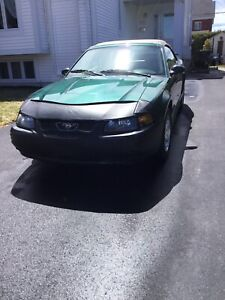 Ford Mustang 2003, condition impeccable $7500.00