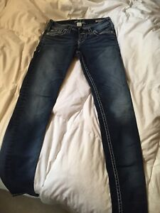 Low rise skinney silver jeans size 26