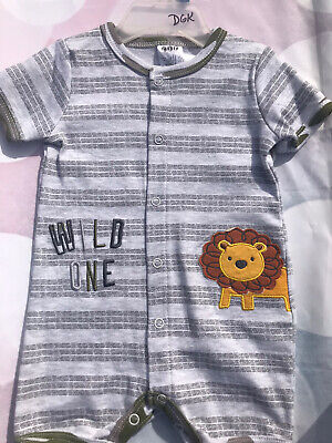 Newborn 3-6month Infant Baby Boy Romper /Bodysuit Clothes  ,New With Tag.