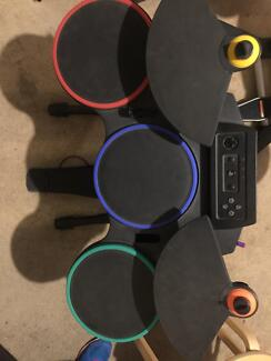 Drumset Guitar Hero and Rock Band drum set