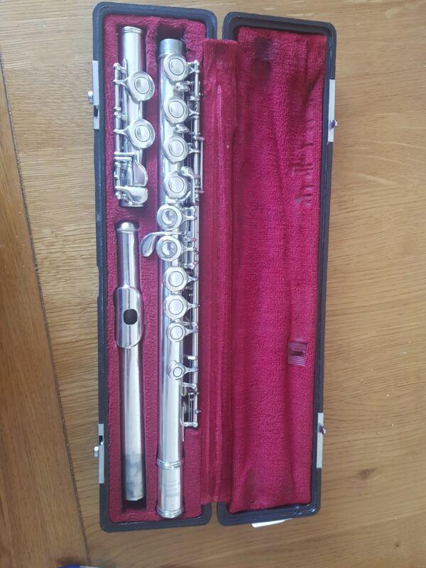 Flute yamaha 211s #212