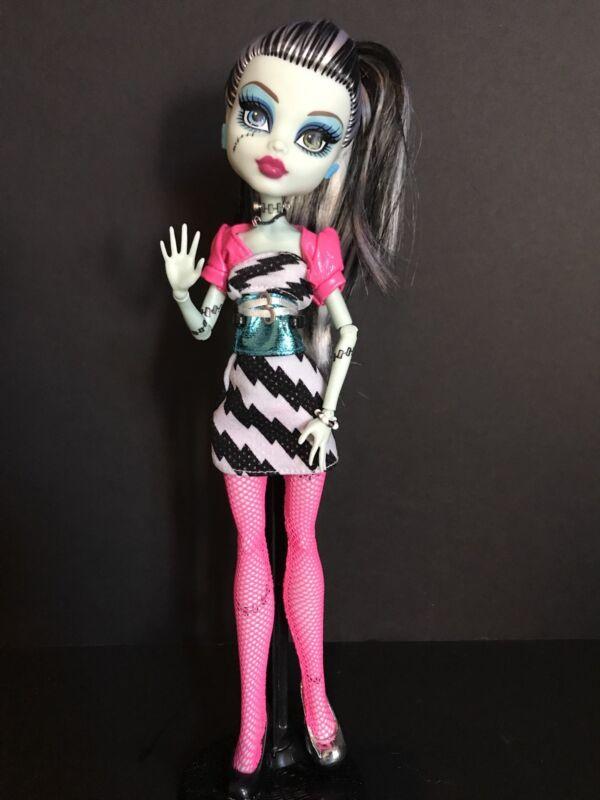 "Monster High ""Dawn Of The Dance"" Frankie Stein *BENEFITS ASPCA*"
