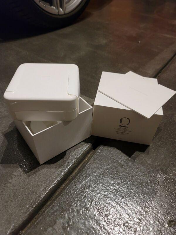 Apple Watch 1st Gen 42mm Original Box with inbox items. Free Shipping