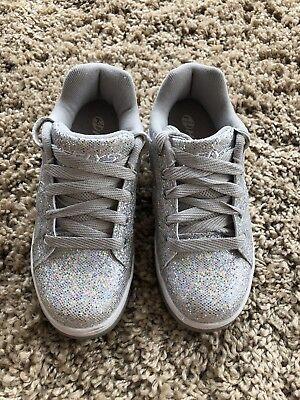 Girls Silver Glitter Heelys - Size 3