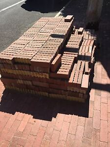 Free Red Brick Pavers - collect only - approx 800. Mount Hawthorn Vincent Area Preview
