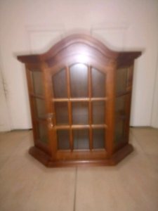 Display cabinet. Maryland Newcastle Area Preview