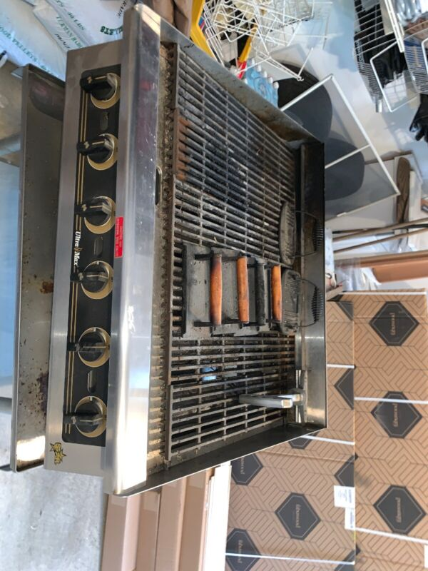 """Star Ultra Max 36"""" Wide Countertop Radiant Gas Charbroiler Natural Gas"""