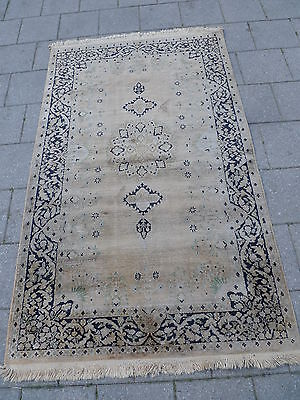 Old Oriental Rug Kaschmirseide__162cm x 100cm