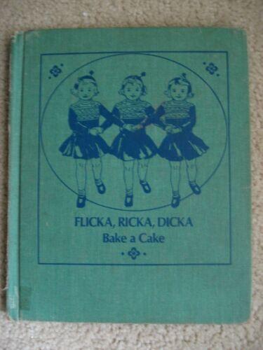 Flicka, Ricka, Dicka Bake a Cake ViINTAGE 1970 HARDCOVER Great Pics TRIPLETS