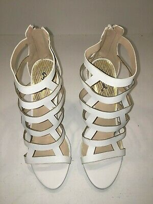 "Qupid Womens Gladiator Shoes White Size 8.5 Zipper Back 4.5"" Heel"