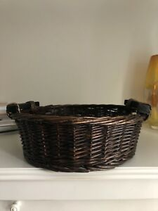 Dark brown wicker baskets (3 total)