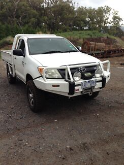 Toyota Hilux 4x4 with 12 months rego & RWC  Monbulk Yarra Ranges Preview