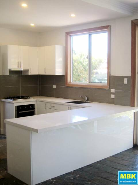 My budget kitchen polyurethane kitchen cabinets other for Kitchen cabinets gumtree