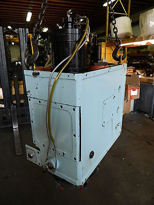 Matsuura MC-800VDC CNC 40 Taper Spindle Assembly w/ Casting, Mfg'd: 1990, Used