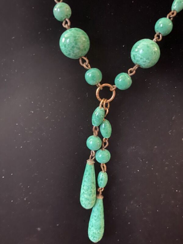 Vintage Art Deco Peking Glass Small Sautoir Necklace