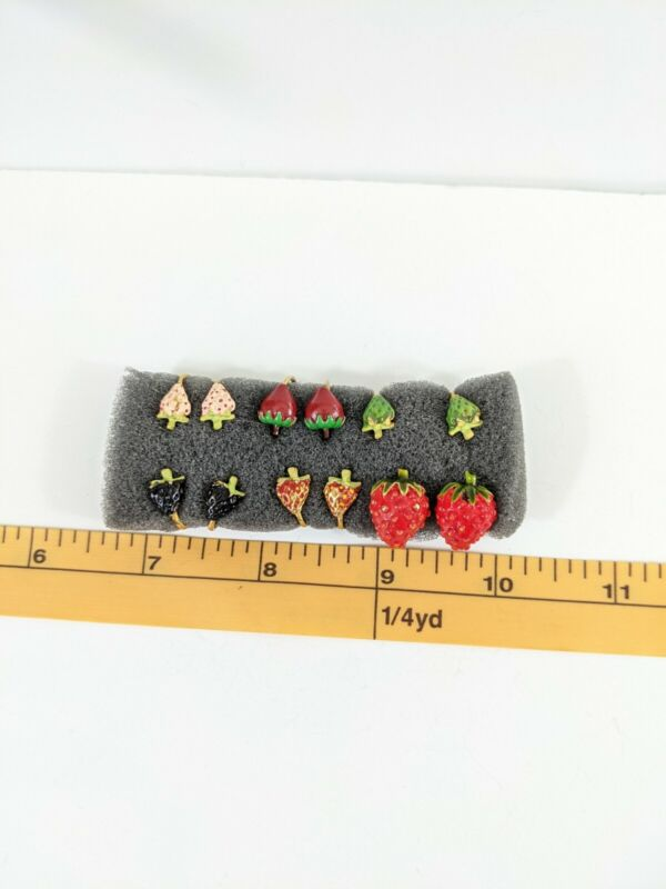 Vintage Lot Of Strawberry shaped Clip On Earrings 6 Pairs figural berries clips