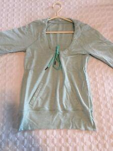 Lululemon (3/4 length arms) Sweater