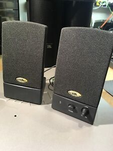 Computer / shelf / iPod speakers with subwoofer