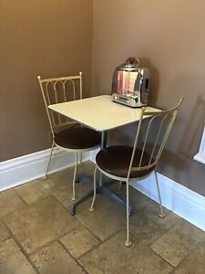 Apartment Sized Vintage Table and Chairs