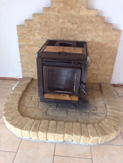 Fireplace wood heater Mount Warrigal Shellharbour Area Preview