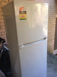 Mitsubishi MR-260R 260 Litre Refrigerator Naremburn Willoughby Area Preview