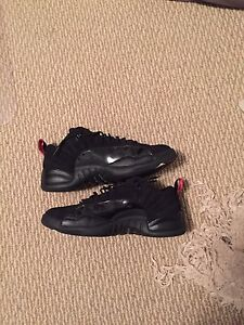 Jordan 12 low black and red size 11