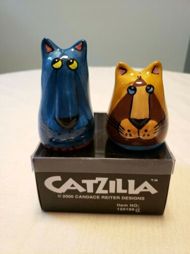 Catzilla 2000 Ceramic SALT & PEPPER SHAKERS Candace Reiter Teal & Yellow