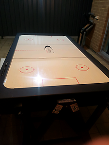 Pool table and Air hickey  table ( 2in 1) Gilles Plains Port Adelaide Area Preview
