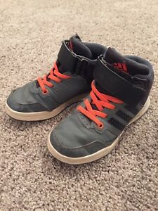 Size 11 t adidas high tops