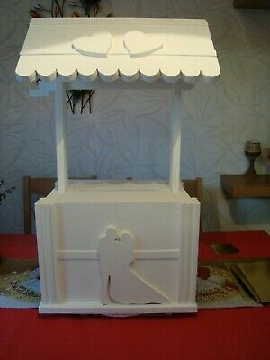 Wishing Well For Wedding (Wedding wishing well with bucket for sale silhouettes of couple free)