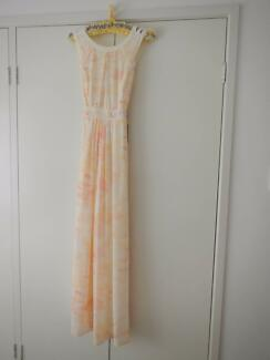 New Formal / Party Dress Long Ladies Peach - Cross-Over Back
