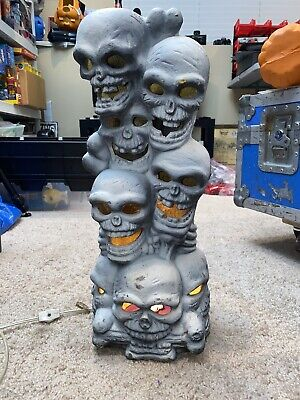 "1993 Trendmasters Skull Bones Stack Totem Skeleton Foam Blow Mold 18"" (#2)"