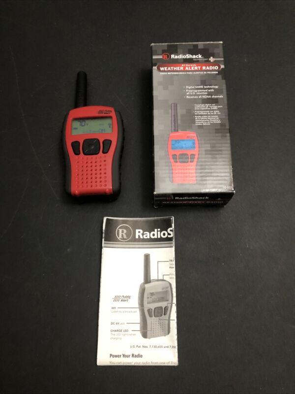 Radio Shack Weather Alert Radio NOAA Public Alert Channels Red/black 12-522 No B