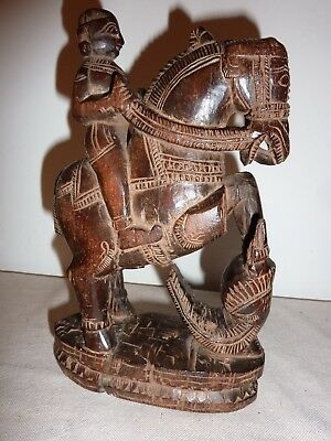 Indien Reiterfigur Holz 19tes Jahrhundert