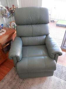 LaZboy Two Seater & Recliners Tuncurry Great Lakes Area Preview
