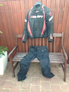 Swift medium motor cycle Jacket and pants Duncraig Joondalup Area Preview