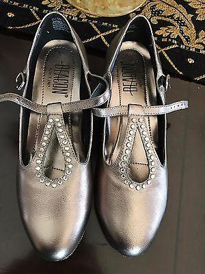 Ballroom dance shoes NWOT Vintage Showgirl