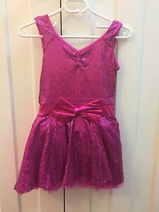 Girls Dance Costume - pink sequins with bow South Perth South Perth Area Preview