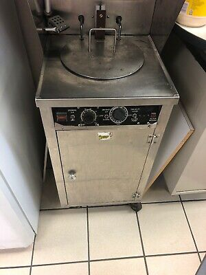 Wells Wvae-55f Deep Fryer It Can Cook 50 Pieces Of Broast Chicken At One Time