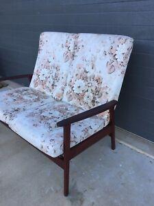 Retro 2 seater chair