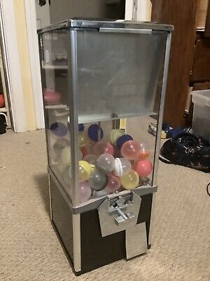 2 Capsule Toy Vending Machine 50 Cents Key Great Shape 2 Feet Tall 10in Wide.