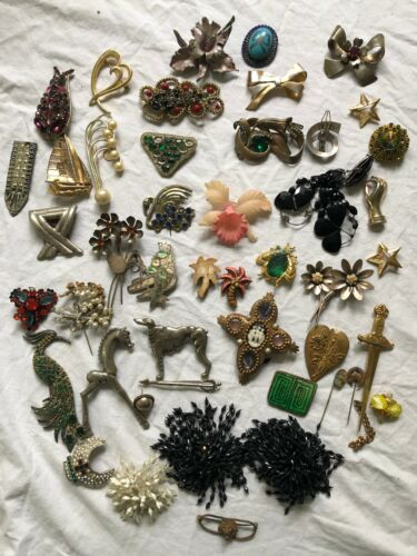 Lot of 50 Vintage Antique Brooch Brooches Pin Pins Some Sterling
