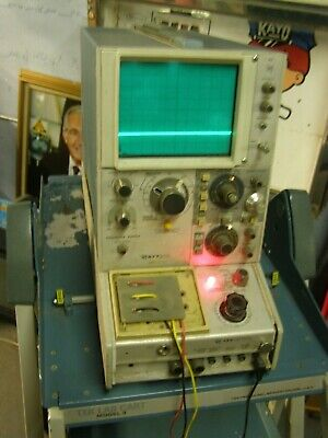 Tektronix Semiconductor Curve Tracer 577 W Cart Working